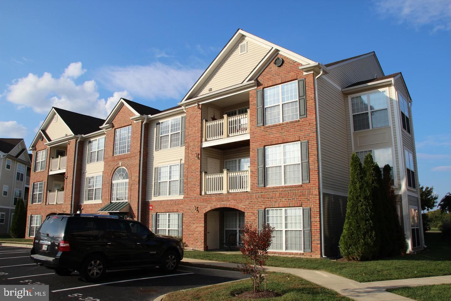 Photo of 597 CAWLEY DR #53C, FREDERICK, MD 21703 (MLS # MDFR2000042)