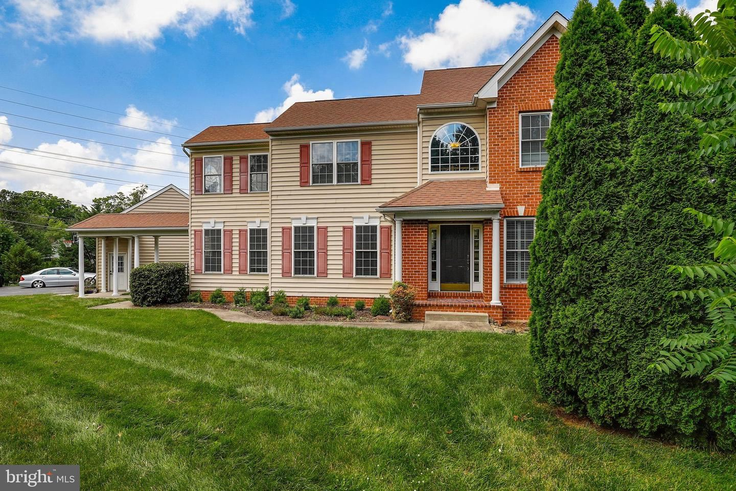 Photo of 7000 RIDGE RD, FREDERICK, MD 21702 (MLS # MDFR267046)
