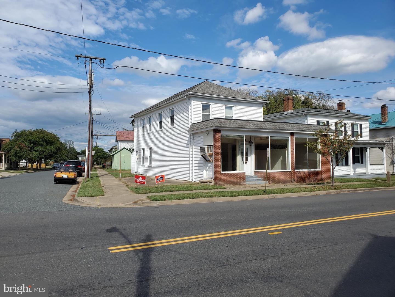 Photo of 657 LAFAYETTE BLVD, FREDERICKSBURG, VA 22401 (MLS # VAFB2000047)