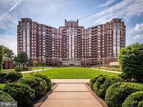 Photo of 5809 NICHOLSON LN #409, NORTH BETHESDA, MD 20852 (MLS # MDMC709048)