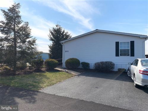 Photo of 201 SUNNINGDALE CT N, LANCASTER, PA 17603 (MLS # PALA160050)