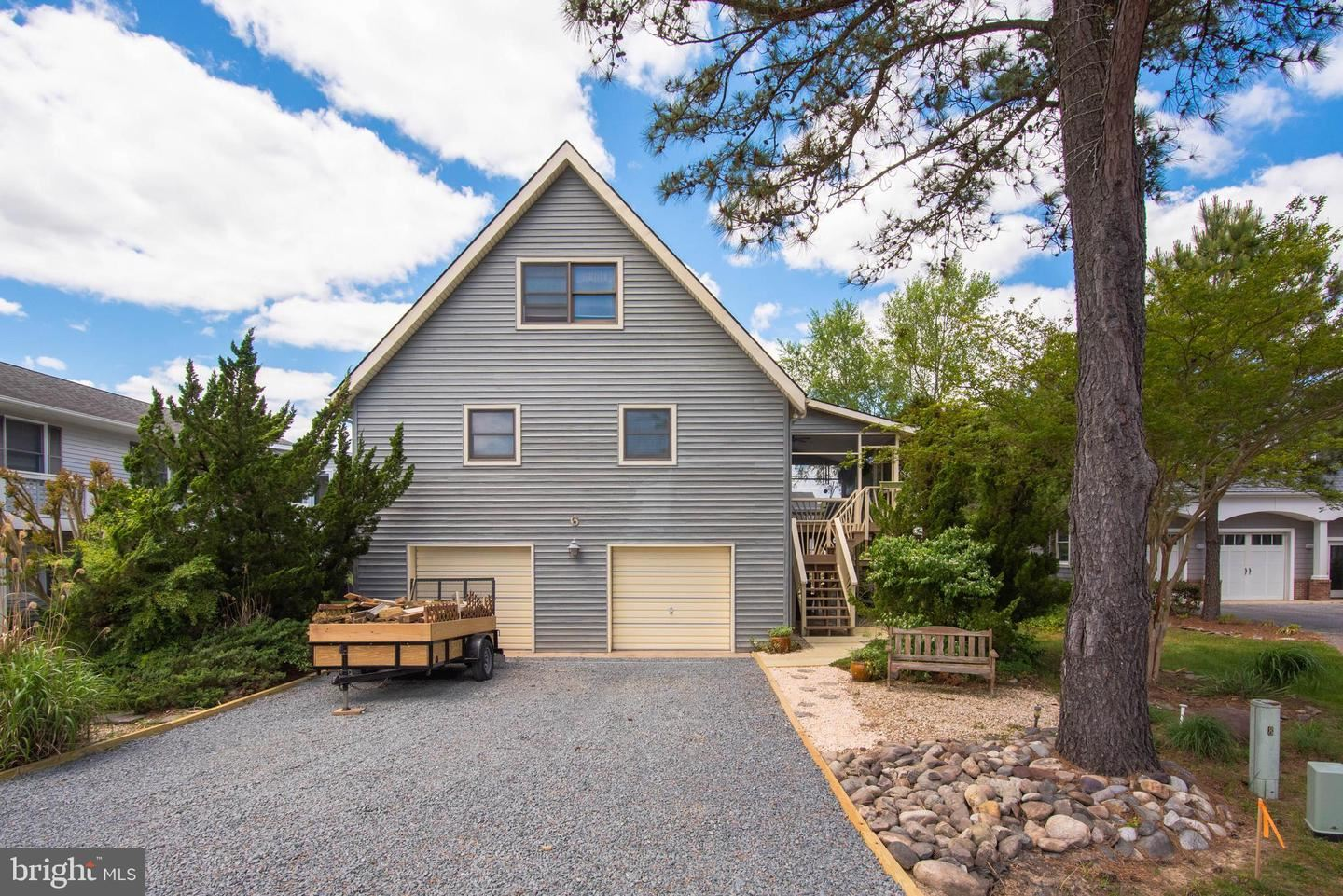 Photo of 6 CLUBHOUSE DR, OCEAN PINES, MD 21811 (MLS # MDWO122050)