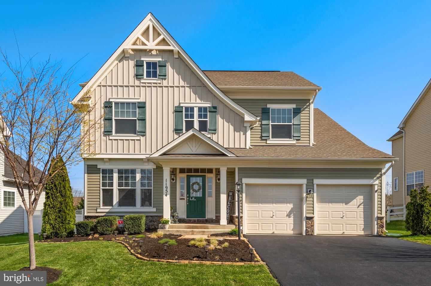 Photo for 11954 BLUE VIOLET WAY, BRISTOW, VA 20136 (MLS # VAPW519050)
