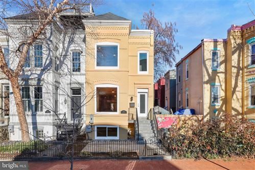 Photo of 664 G ST NE, WASHINGTON, DC 20002 (MLS # DCDC504052)