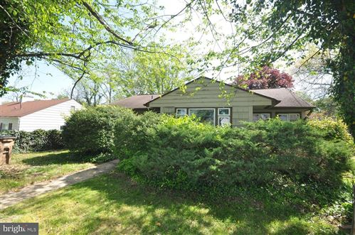 Photo of 1918 ROCKLAND AVE, ROCKVILLE, MD 20851 (MLS # MDMC755052)
