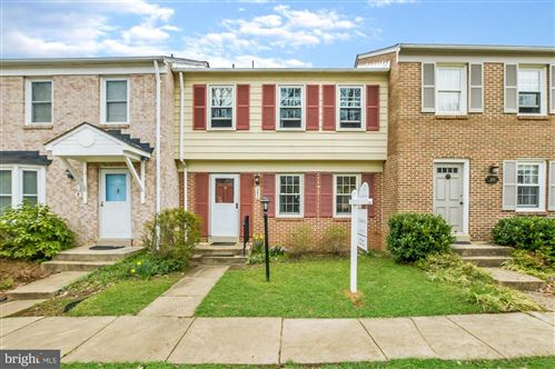 Photo of 242 WATTS BRANCH PKWY, ROCKVILLE, MD 20850 (MLS # MDMC702054)