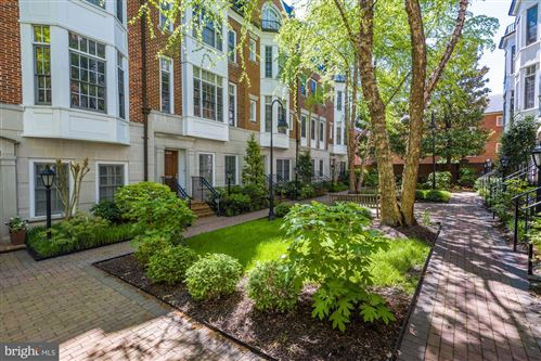 Photo of 4814 MONTGOMERY LN, BETHESDA, MD 20814 (MLS # MDMC707058)