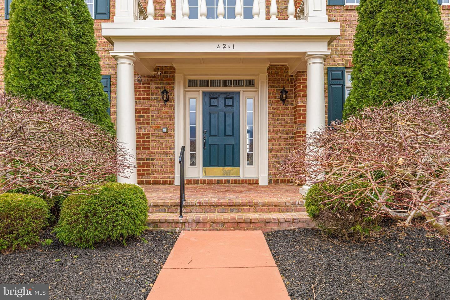 Photo of 4211 MARYLAND CT, MIDDLETOWN, MD 21769 (MLS # MDFR279058)