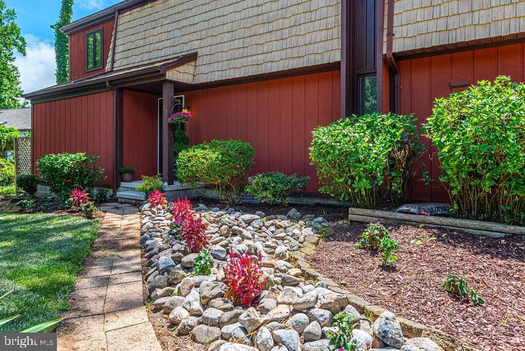 Photo for 28 NEWPORT DR, OCEAN PINES, MD 21811 (MLS # MDWO115062)
