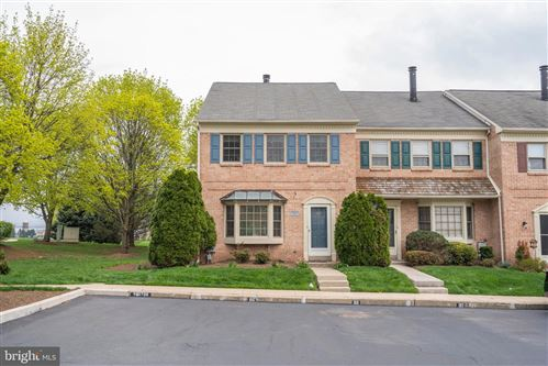 Photo of 100 LAFAYETTE CT, COLLEGEVILLE, PA 19426 (MLS # PAMC692064)