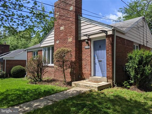 Photo of 8514 LEONARD DR, SILVER SPRING, MD 20910 (MLS # MDMC750070)
