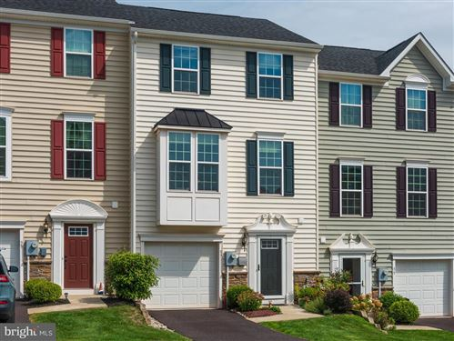 Photo of 37 JEFFERSON DR, SPRING CITY, PA 19475 (MLS # PACT516070)