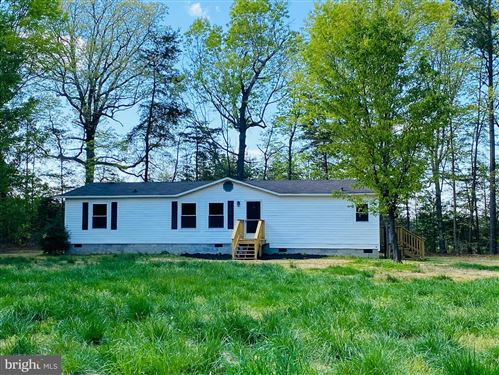 Photo of 32311 WILDERNESS FARMS RD, LOCUST GROVE, VA 22508 (MLS # VAOR139072)