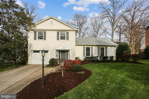 Photo of 8707 YARMOUTH CT, POTOMAC, MD 20854 (MLS # MDMC737076)