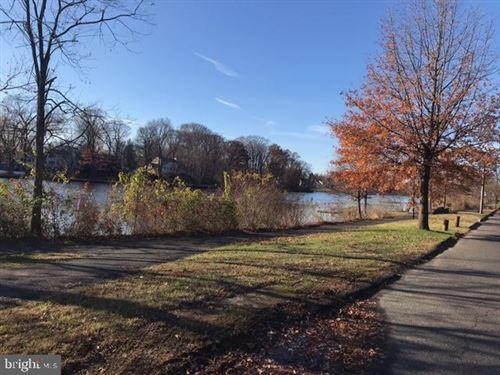 Photo of 301 N NEWTON LAKE DR, COLLINGSWOOD, NJ 08108 (MLS # NJCD409076)
