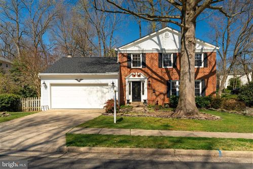 Photo of 7203 MING TREE CT, SPRINGFIELD, VA 22152 (MLS # VAFX1118076)