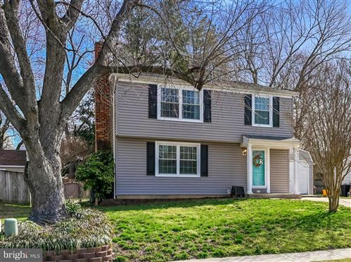 Photo of 817 RUXSHIRE DR, ARNOLD, MD 21012 (MLS # MDAA429078)
