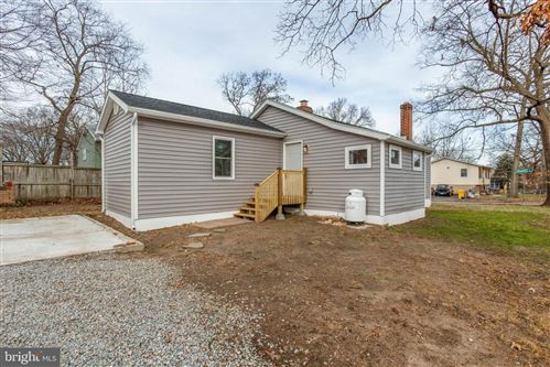 Photo of 1916 RIDGEVILLE RD, EDGEWATER, MD 21037 (MLS # MDAA422080)