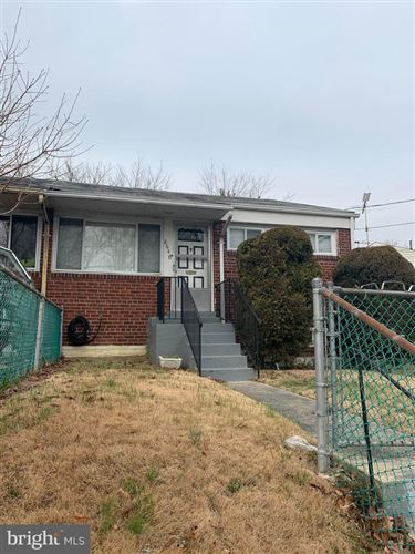 Photo of 8646 11TH AVE, SILVER SPRING, MD 20903 (MLS # MDMC702080)