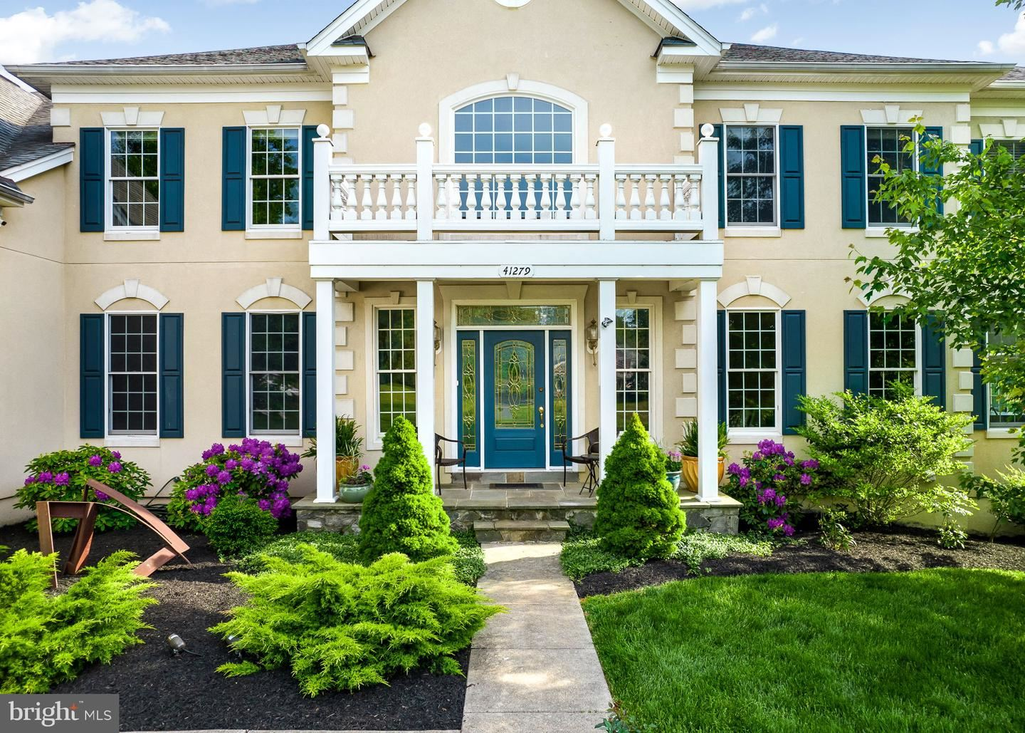 Photo of 41279 DUTTON CT, WATERFORD, VA 20197 (MLS # VALO439080)