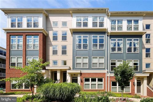Photo of 117 COPLEY CIR #33-B, GAITHERSBURG, MD 20878 (MLS # MDMC713082)