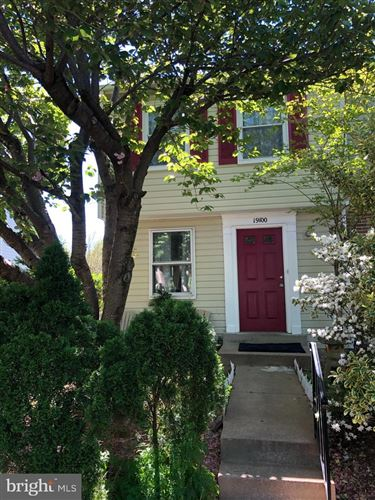Photo of 19100 WILLOW SPRING DR, GERMANTOWN, MD 20874 (MLS # MDMC757082)