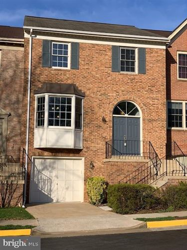 Photo of 4654 LUXBERRY DR, FAIRFAX, VA 22032 (MLS # VAFX1119082)