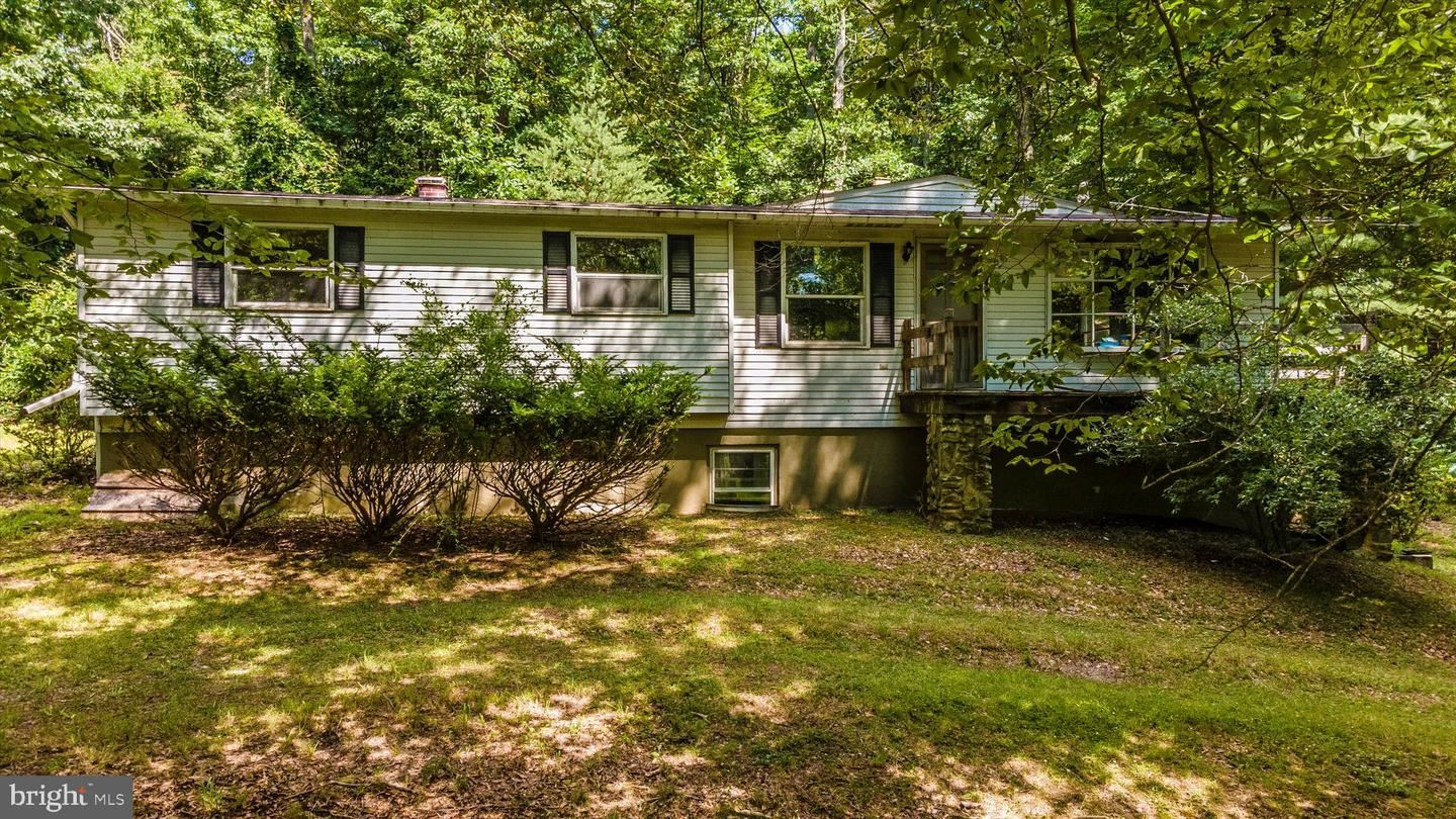 Photo of 6233 YEAGERTOWN RD, NEW MARKET, MD 21774 (MLS # MDFR2001084)