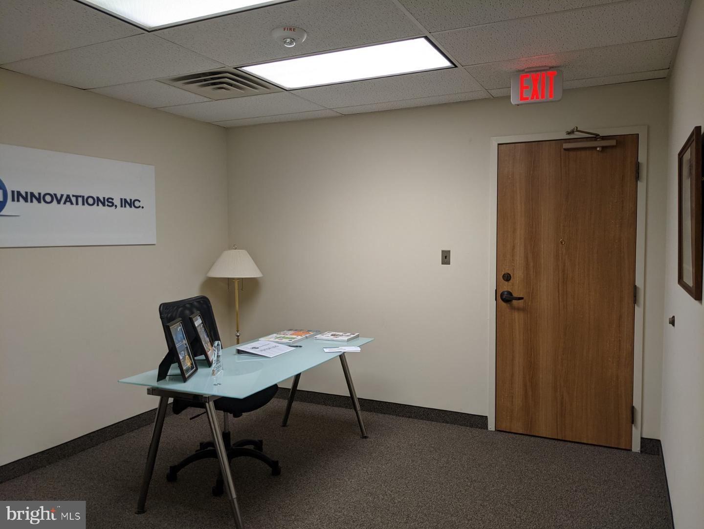 Photo of 3975 UNIVERSITY DR #360, FAIRFAX, VA 22030 (MLS # VAFC121084)