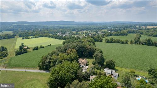 Photo of 305 HICKORY GROVE RD., PHOENIXVILLE, PA 19460 (MLS # PACT2004086)