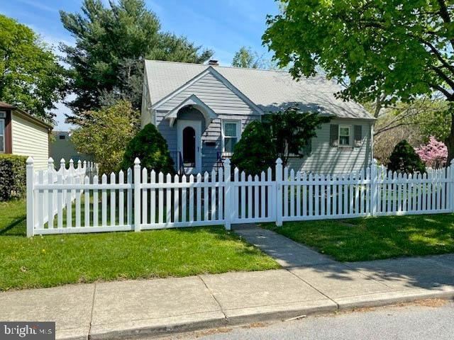 8 4TH AVE SE, Glen Burnie, MD 21061 - MLS#: MDAA466086