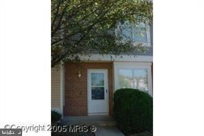 Photo of 197 SAINT JOHNS SQ, STERLING, VA 20164 (MLS # VALO412088)