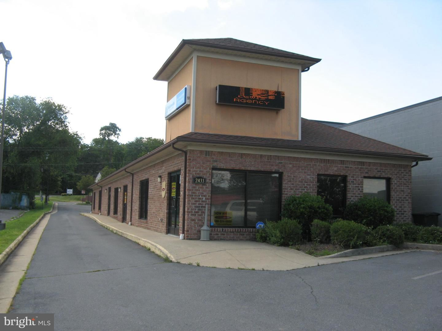 Photo of 2433 VALLEY AVE #107, WINCHESTER, VA 22601 (MLS # VAWI2000088)