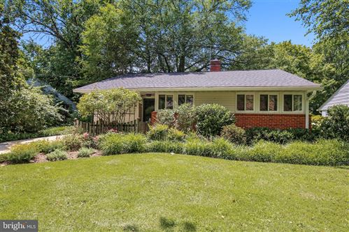 Photo of 4806 EDGEFIELD RD, BETHESDA, MD 20814 (MLS # MDMC713090)