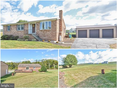 Photo of 7719 HOLLOW RD, MIDDLETOWN, MD 21769 (MLS # MDFR253094)