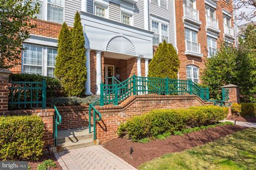 Photo of 303 REDLAND BLVD #13-302-R, ROCKVILLE, MD 20850 (MLS # MDMC700094)