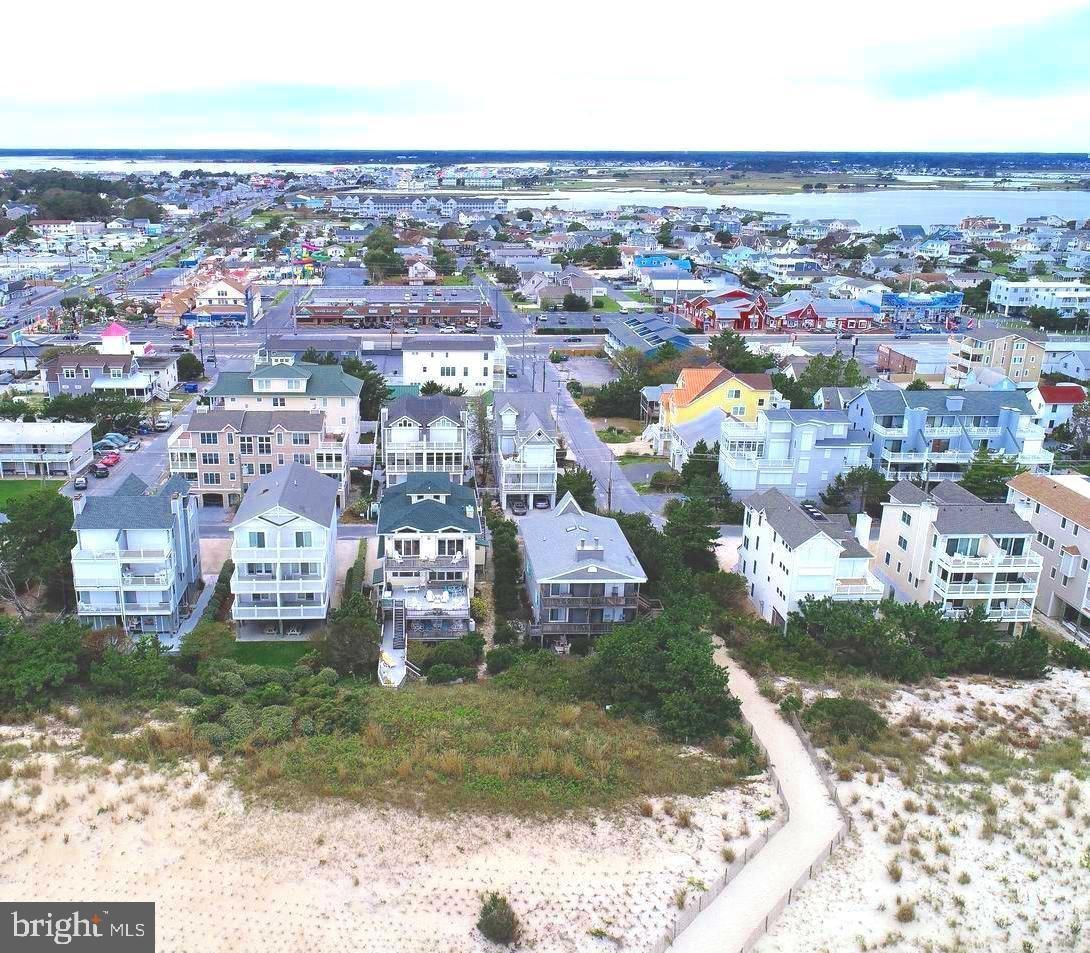 Photo of 38895 BUNTING AVE #1 & 2, FENWICK ISLAND, DE 19944 (MLS # DESU164098)