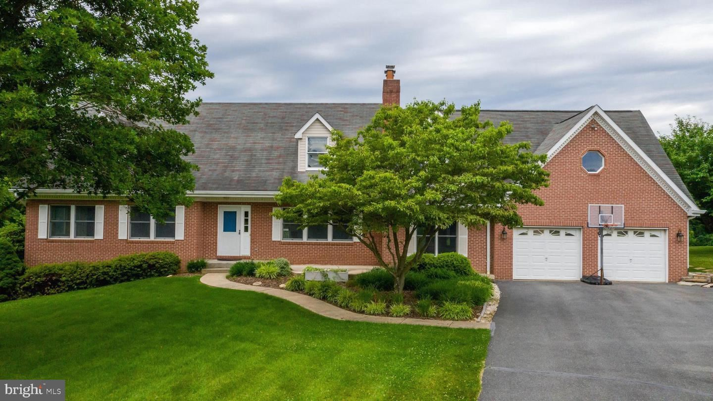 Photo of 3326 CARLISLE DR, KNOXVILLE, MD 21758 (MLS # MDFR266098)