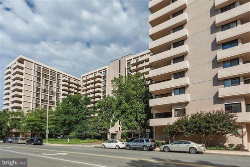 Photo of 4141 HENDERSON RD #214, ARLINGTON, VA 22203 (MLS # VAAR158100)