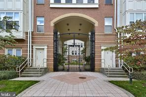 Photo of 2791 CENTERBORO DR #287, VIENNA, VA 22181 (MLS # VAFX1158102)