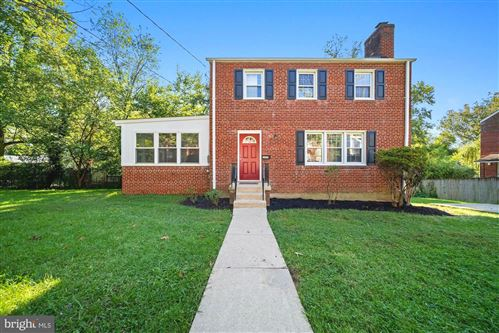 Photo of 10427 INWOOD AVE, SILVER SPRING, MD 20902 (MLS # MDMC2015104)