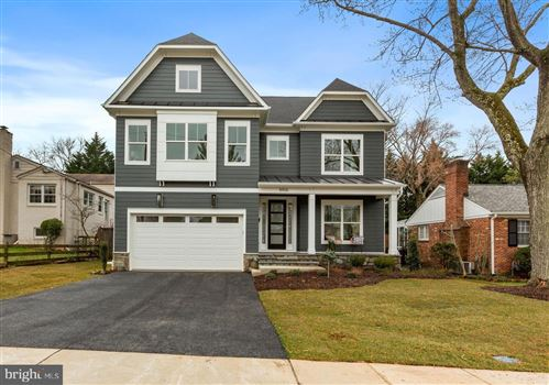 Photo of 8906 RIDGE PL, BETHESDA, MD 20817 (MLS # MDMC742104)