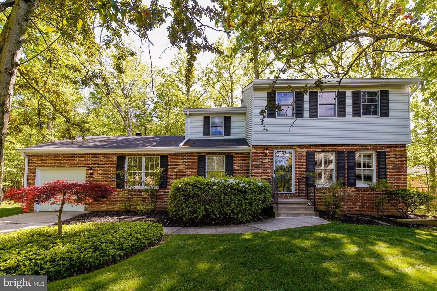 18 HELMS PICK CT, Baltimore, MD 21228 - MLS#: MDBC527104