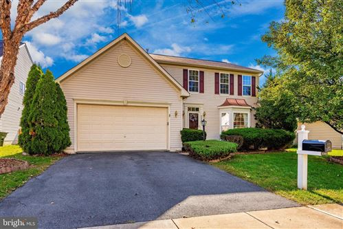 Photo of 2103 TWIN PEAKS CT, FREDERICK, MD 21702 (MLS # MDFR256106)