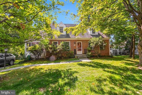 Photo of 1818 ARCOLA AVE, SILVER SPRING, MD 20902 (MLS # MDMC2016110)