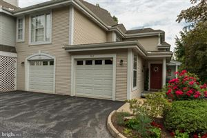 Photo of 808 COUNTRY PLACE DR, LANCASTER, PA 17601 (MLS # PALA134110)