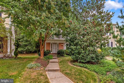 Photo of 214 FINALE TER, SILVER SPRING, MD 20901 (MLS # MDMC2001115)