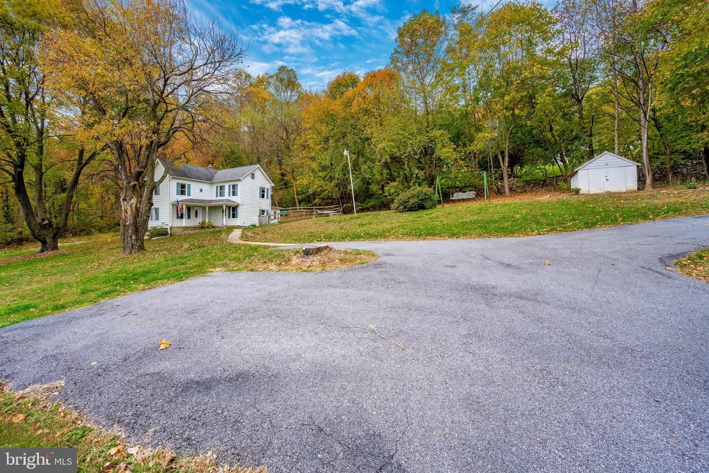 Photo of 6500 MOUNTAIN CHURCH RD, JEFFERSON, MD 21755 (MLS # MDFR100121)