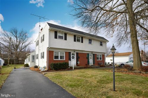 Photo of 410 GENERAL SUTTER AVE, LITITZ, PA 17543 (MLS # PALA157122)
