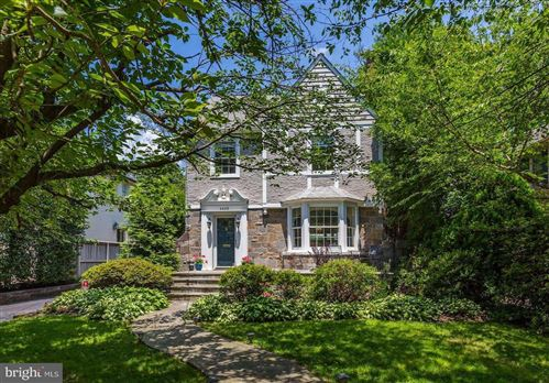 Photo of 4409 BRADLEY LN, CHEVY CHASE, MD 20815 (MLS # MDMC675126)